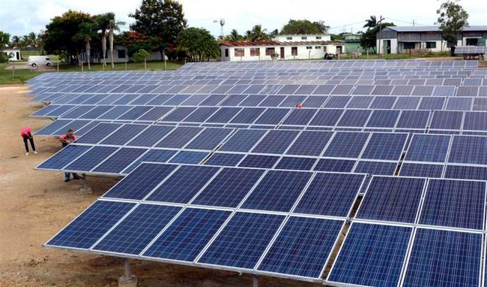 Construyen en Camagüey tercer parque fotovoltaico