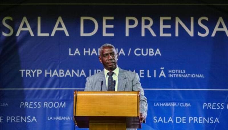 Pedro Suárez Reyes, especialista de organismos internacionales y América Latina y el Caribe del Ministerio del Transporte (Mitrans), durante la conferencia