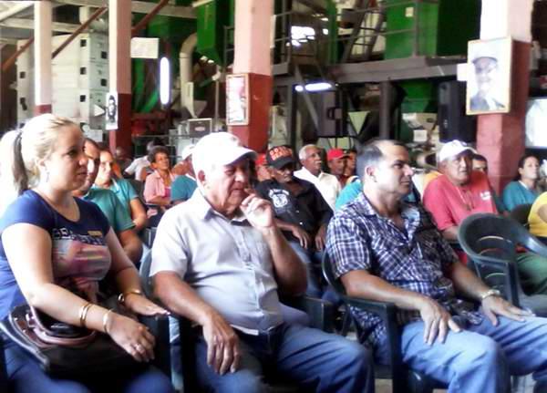 Reconocen a fundadores del programa arrocero en Cuba