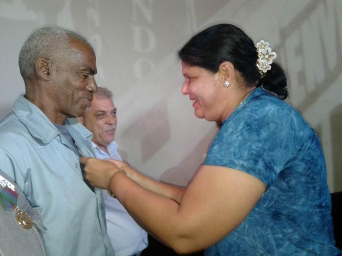 Reconocimiento a trabajadores eléctricos de La Habana