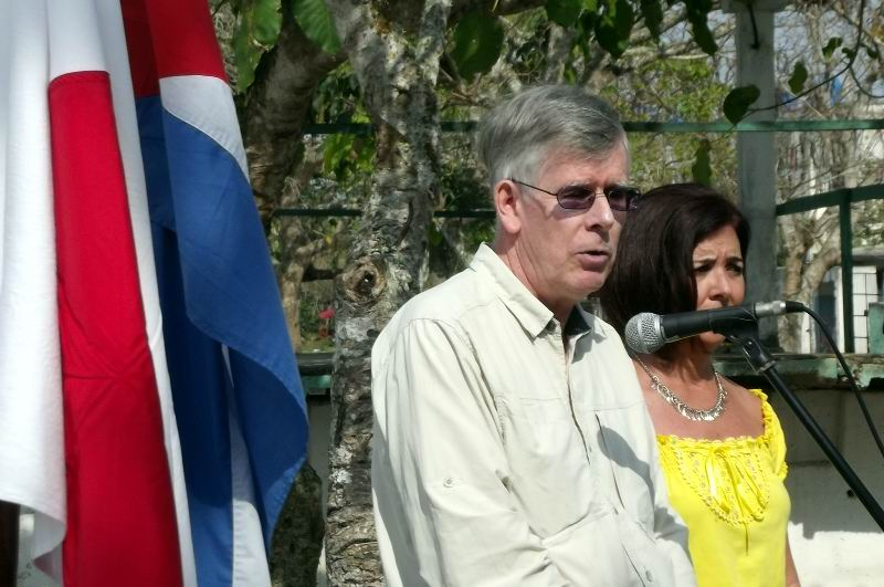 Representante en CARE Internacional en Cuba, señor Richard Patterson