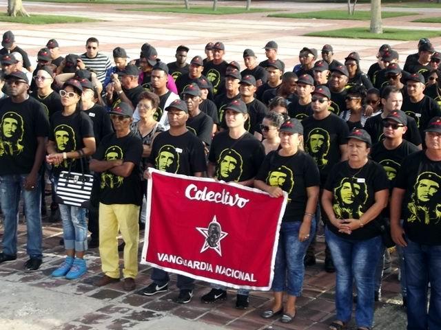 Los trabajadores de la Unidad  Empresarial de Base Planta de Soluciones Mecánicas de  la Construcción, SOMEC, recibieron por quinto año consecutivo, la Bandera de Vanguardia Nacional.