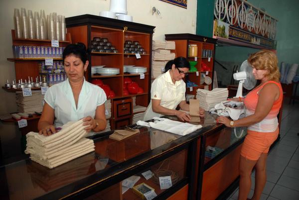 Respalda movimiento sindical cubano transformaciones del modelo económico