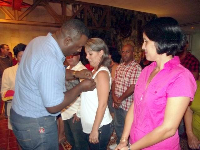 Condecorados trabajadores en Camagüey (+Audio)