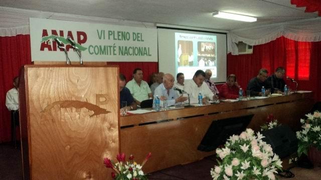 Denuncian campesinos cubanos cruel bloqueo de los Estados Unidos