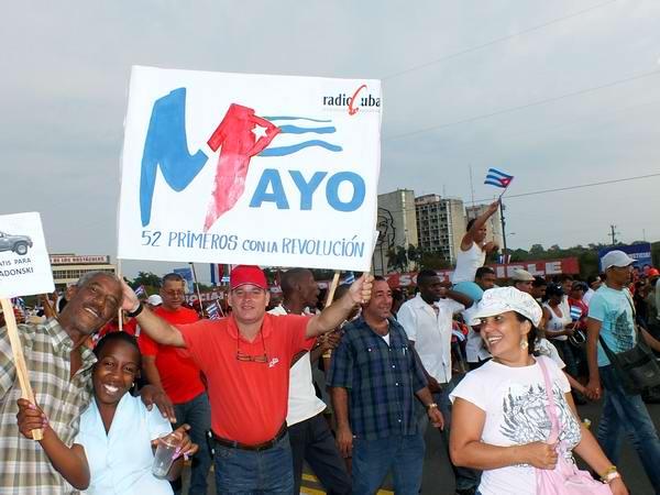 Trabajadores de RadioCuba comprometidos con la Revolución. Foto: Abel Rojas Barallobre.