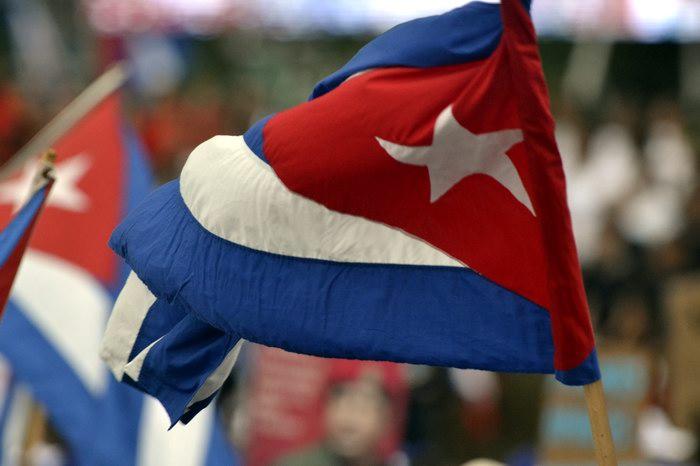 La bandera de la estrella solitaria. Foto:Abel Rojas Barallobre