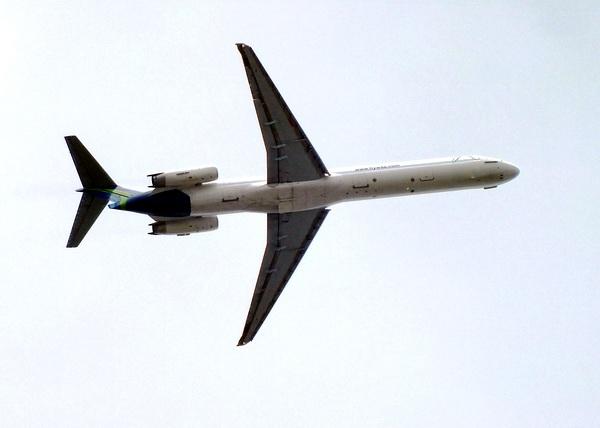 Aeronave perteneciente a la empresa aeronáutica Boeing; la mayor fabricante de aviones comerciales y uno de los más importantes constructores de equipos aeroespaciales del mundo Foto Abel Rojas Barallobre