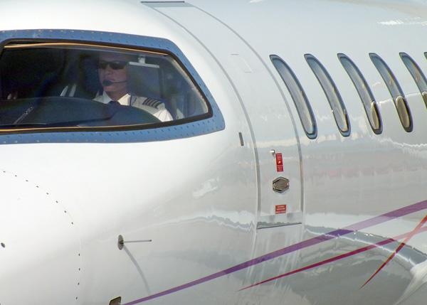 El ser humano, con el desarrollo tecnológico, materializó su sueño de poder volar. Foto Abel Rojas Barallobre