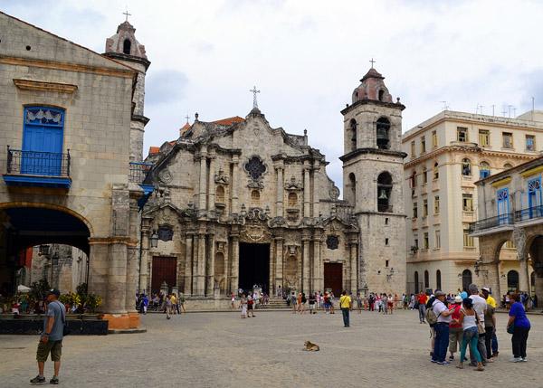 La Catedral de La Habana es el mayor exponente del estilo barroco en Cuba en el siglo XVIII. Foto: Abel Rojas Barallobre