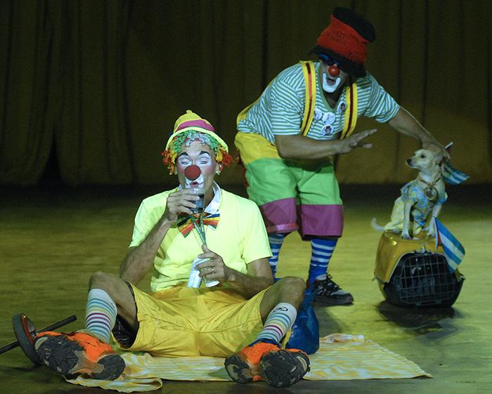 Las mágicas actuaciones del Circo Nacional de Cuba. Foto. Abel Rojas