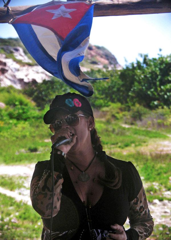 A las cualidades de los cubanos se le debe agregar dos que los distinguen: la música y el baile, muy distintivas de la cultura cubana. Foto Abel Rojas Barallobre