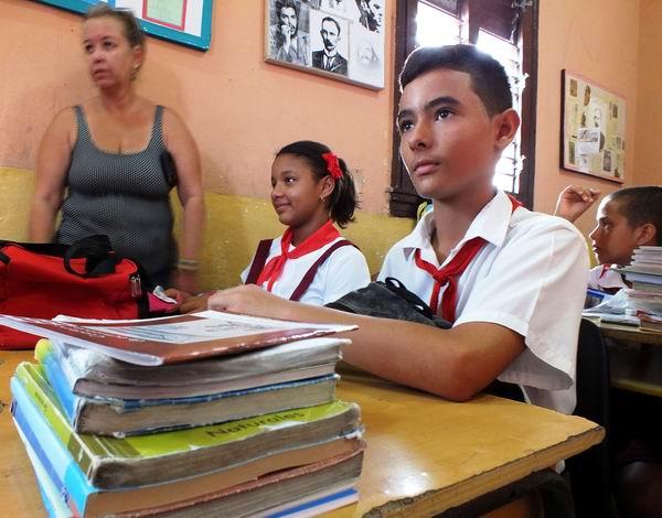 Inicio del nuevo curso escolar en Cuba. Foto: Abel Rojas