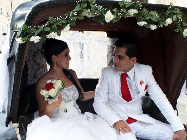 La boda, una ceremonia más que tradicional. Foto Abel Rojas