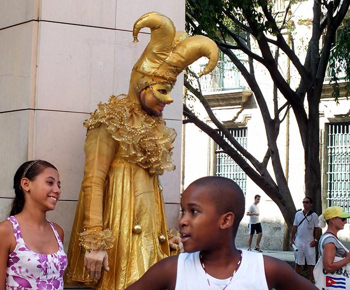 Estatuas vivientes: Verdaderos actores citadinos (+Fotos)