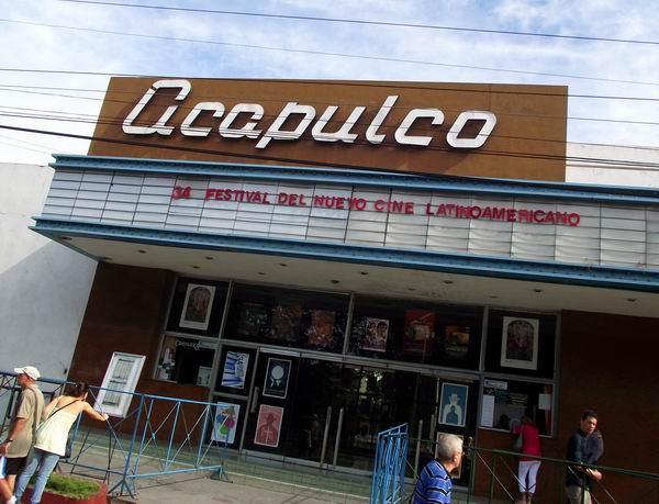 El Festival Internacional del Nuevo Cine Latinoamericano llega hasta el capitalino Cine Acapulco. Foto Abel Rojas