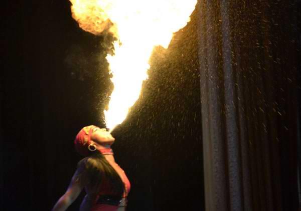 Jugar con fuego (+Fotos)