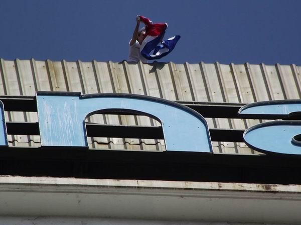 Spiderman conquista el Habana Libre. Foto Abel Rojas