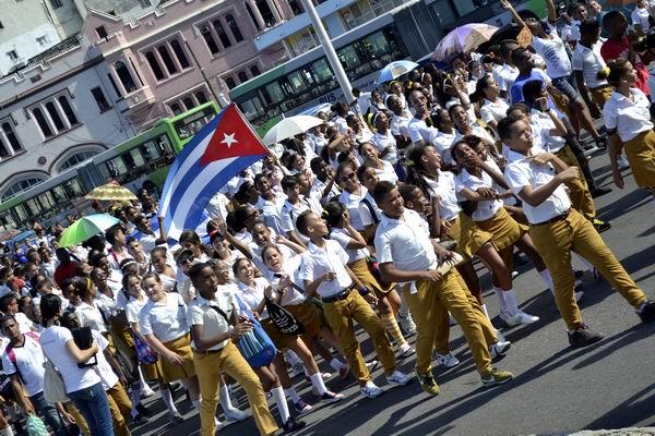 Exigieron pinos nuevos de Cuba regreso de Los Cinco Héroes. Foto Abel Rojas Barallobre