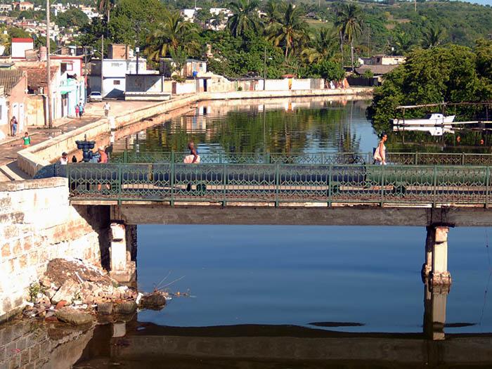La Atenas de Cuba: entre puentes y ríos. Foto: Abel Rojas Barallobre