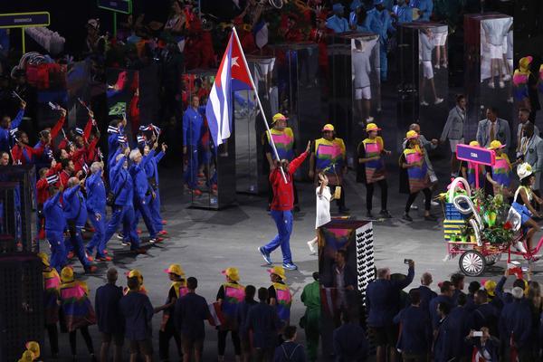 Desfila delegación de Cuba en la ceremonia de apertura de los Juegos Olímpicos de Río de Janeiro 2016. Foto: Roberto Morejón