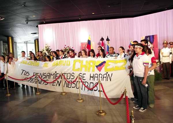 Momentos del tributo a Hugo Chávez en La Habana. Foto Abel Rojas