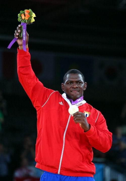 El cubano Mijaín López (120 kilos) Campeón Olímpico de la lucha grecorrromana en los XXX Juegos Olímpicos Londres 2012, en Inglaterra, el 6 de agosto de 2012. Foto: Cameron Spencer.