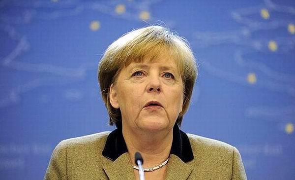 Llama Angela Merkel a mejorar las relaciones con Rusia