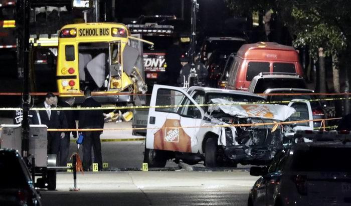 El ataque ha sido perpetrado por un hombre que ha arrollado con una camioneta a varias personas en la zona del bajo Manhattan, en el centro de Nueva York. Foto: EFE