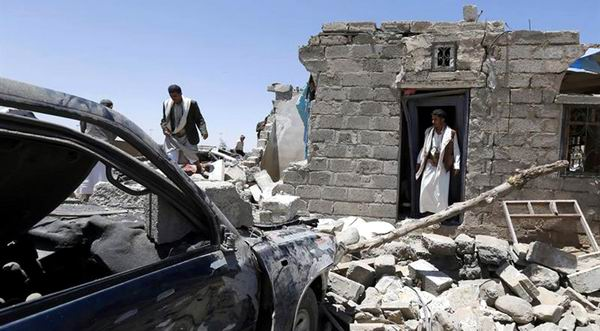 Retoman bombardeos en Yem�n