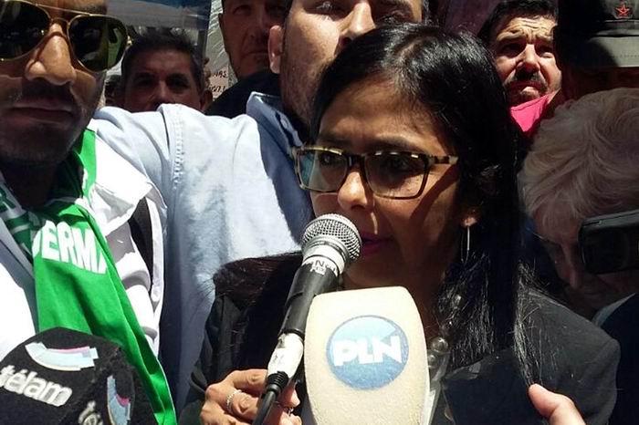 La canciller Delcy Rodríguez repudió una doble agresión contra Venezuela por parte de los gobiernos de Argentina, Brasil y Paraguay