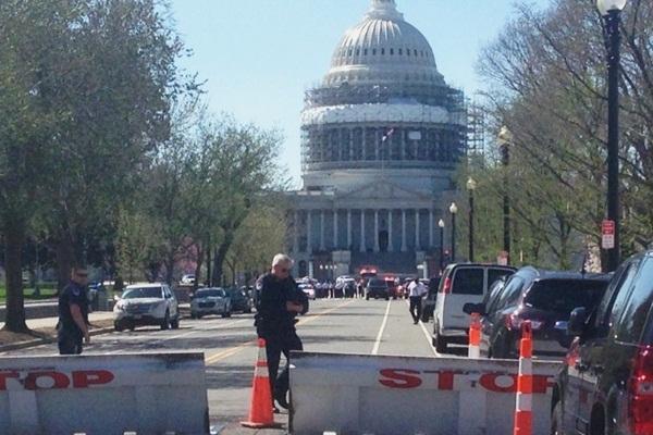 Bajo custodia policial sospechoso de disparar en Capitolio de Estados Unidos