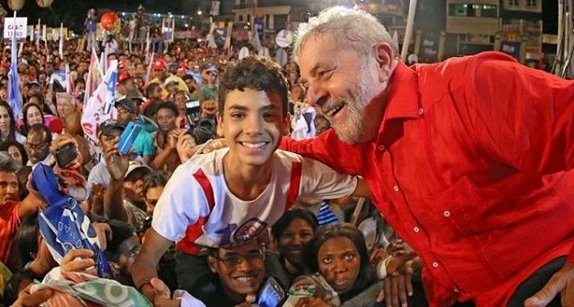 Continúa Lula da Silva y su caravana recorriendo los Estados pobres de Brasil (+Audio)