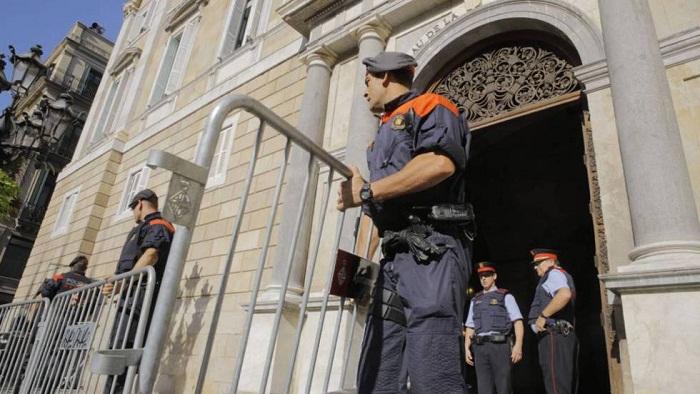 Tensión en España por escalada judicial antiindependentista en Cataluña (+Infografía)