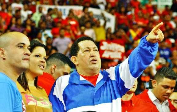 Tributo estudiantil multinacional en Cuba a Hugo Chávez