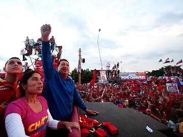 El plan de gobierno del candidato de la derecha venezolana Henrique Capriles está repleto de falsas propuestas para engañar a la población, con la promesa de mantener avances sociales. Foto: RNV