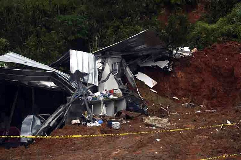 El paso del huracán Otto dejó una cantidad aún por confirmar de personas fallecidas y desaparecidas en Costa Rica, informó el presidente de esa nación centroamericana, Luis Guillermo Solís