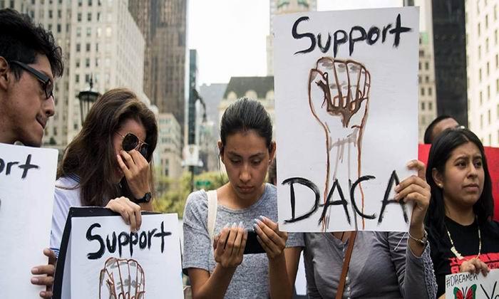 Elimina Dolad Trump programa que protege a los jóvenes inmigrantes
