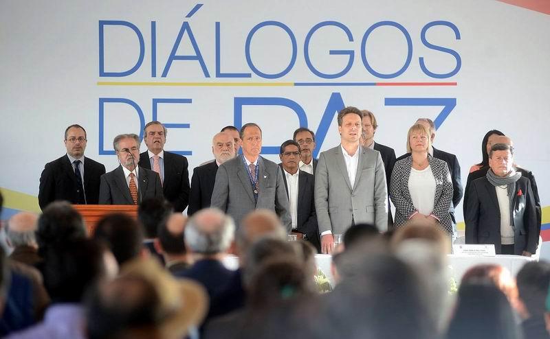 Se instalan diálogos de paz entre el gobierno y el ELN