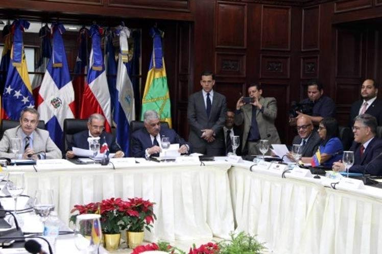 Continúa en Dominicana el dialogo entre el Gobierno venezolano y la oposición