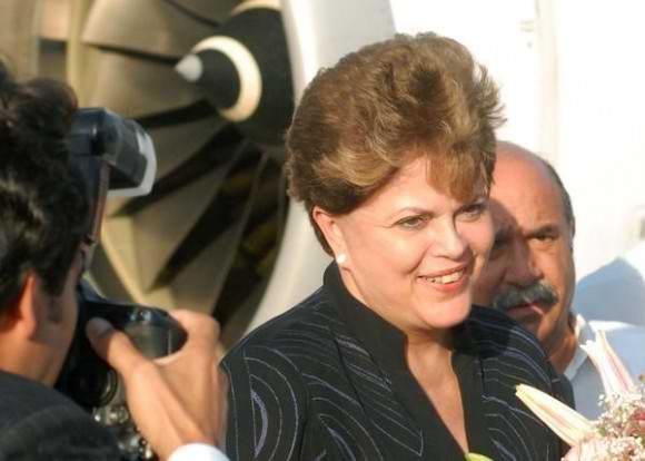 Considera Rousseff que la oposici�n carece de propuestas sociales