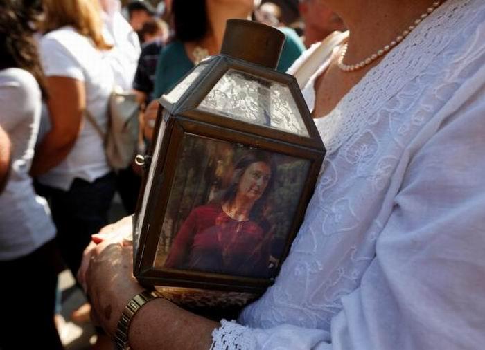 Cientos de personas participaron de una vigilia en Malta, tras la muerte de la periodista.