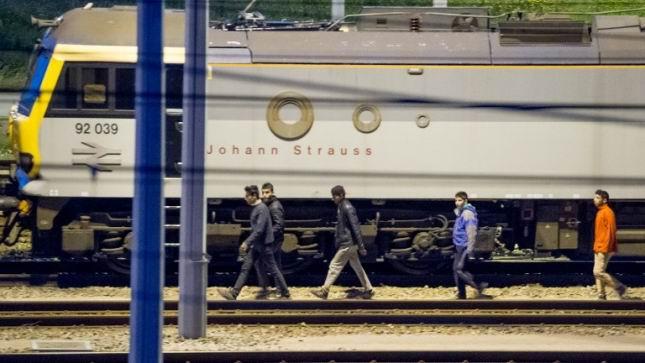 Agudizan muertes en Eurot�nel crisis migratoria europea
