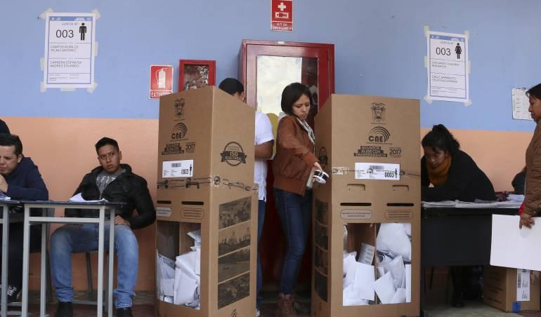 Ecuadorians voted to continue with their Social Revolution