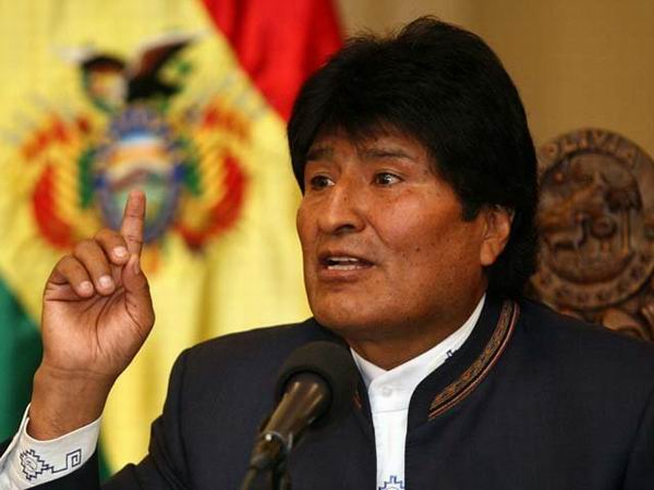 Bolivian President Considers the Right Immoral to Criticize Him