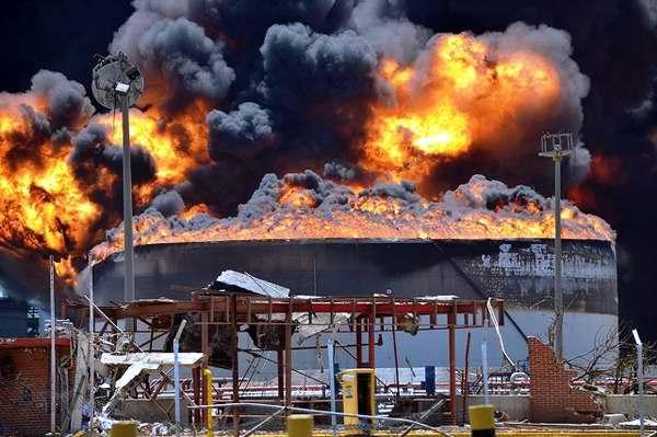 Explosión en la refinería de Amuay es otro ejemplo de la manipulación de la derecha venezolana