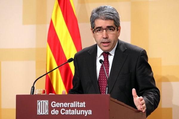 Suspende tribunal español reforma para referendo en Cataluña