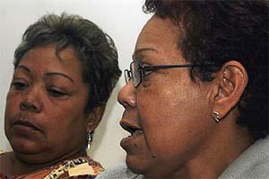 Las hermanas Brenda y Marlene Esquivel mueren de vez en vez por el horror de sus recuerdos