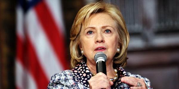 Aboga Hillary Clinton por eliminar el bloqueo de EE.UU contra Cuba
