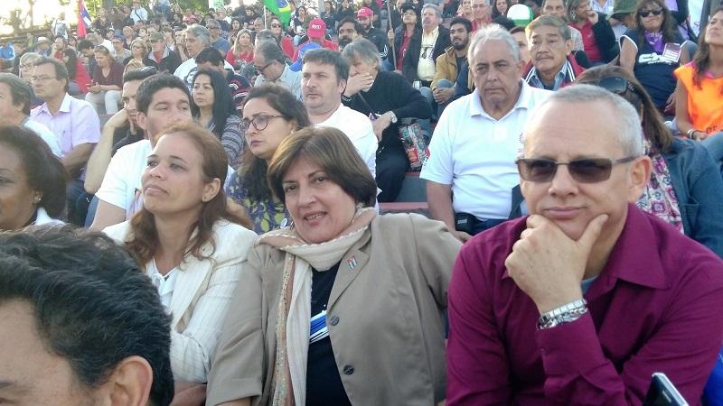 A Fidel, homenaje y compromiso en Montevideo